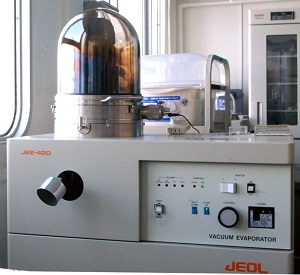 A high-vacuum specimen preparation station for both transmission and scanning electron microscopy applications.
